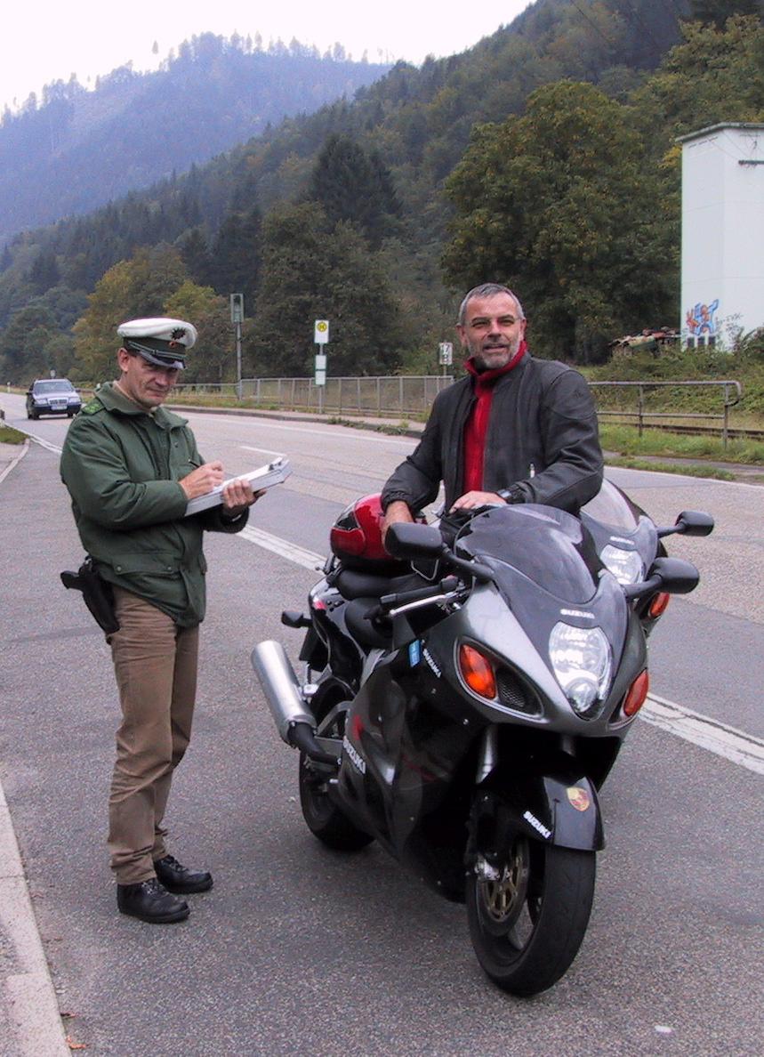 Haya+Polizei1