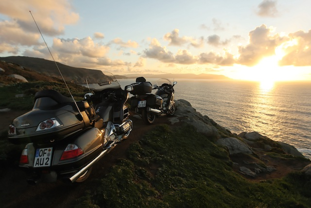 BMW K1600GTL vs HONDA Gold Wing_ 9_2011-04-03_3315