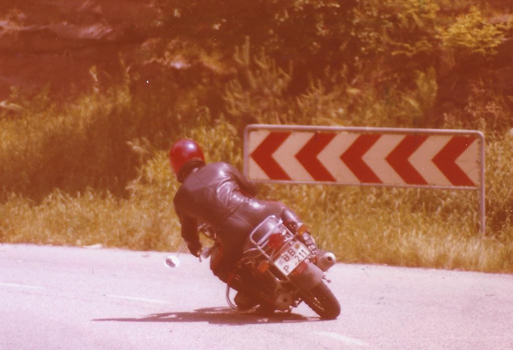 C22 - C-Motorräder Auswahl reduziert_ 25_1975-02-14_2553