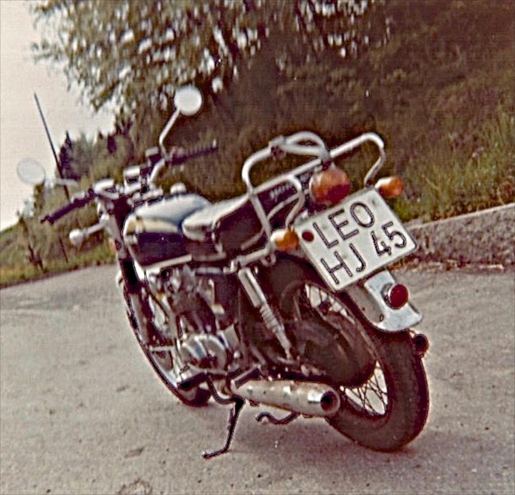 C22 - C-Motorräder Auswahl reduziert_ 2_1971-01-12_2530