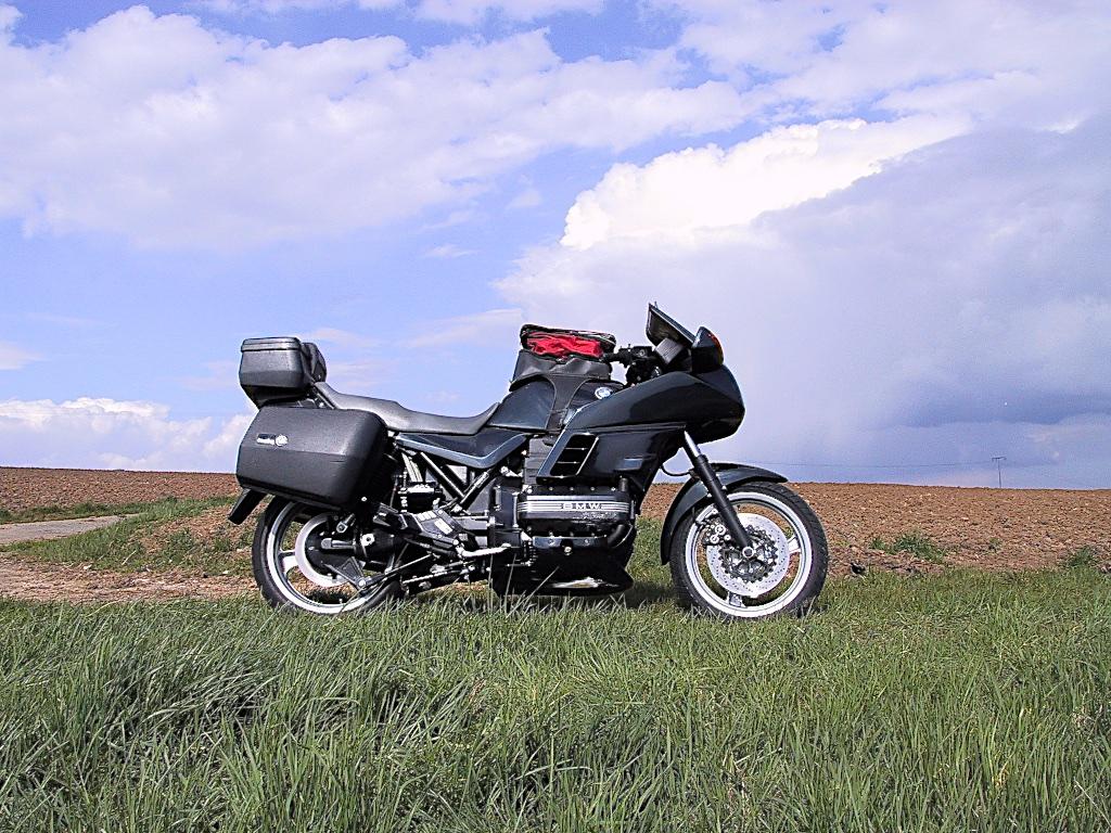 C22 - C-Motorräder Auswahl reduziert_ 30_2001-04-08_2399