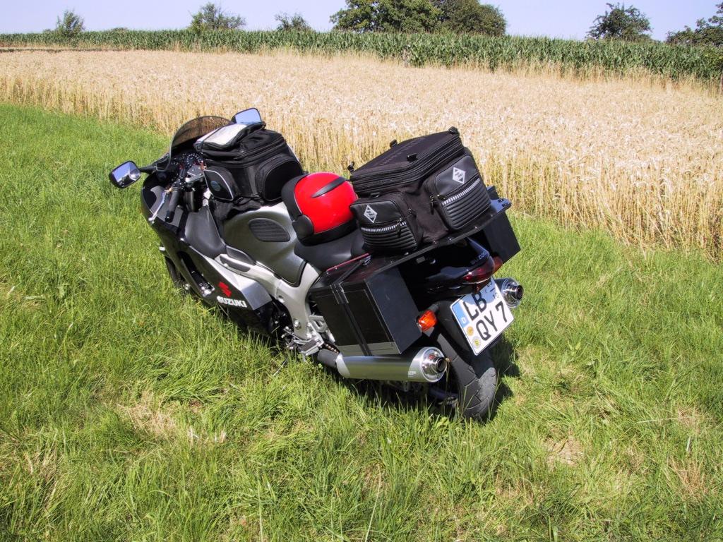 C22 - C-Motorräder Auswahl reduziert_ 34_2001-07-12_2403