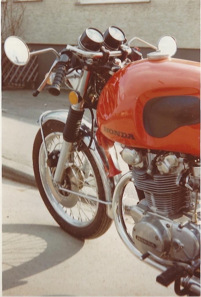 C22 - C-Motorräder Auswahl reduziert_ 7_1972-01-06_2535
