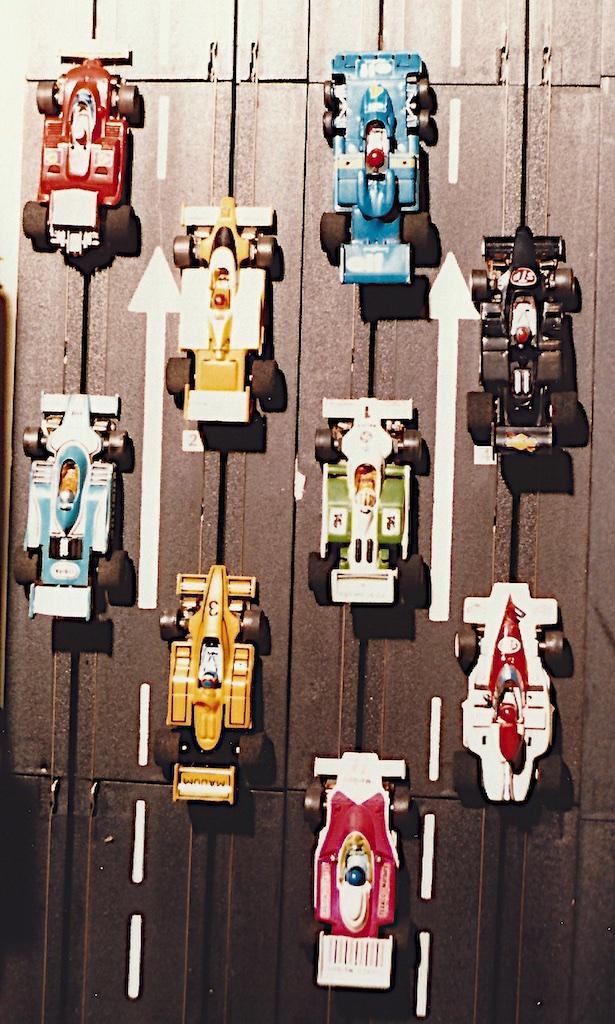 Slotcars_ 2_1982-03-02_4716
